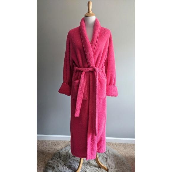 Bath   Body Works Other - Bath   Body Works Hot Pink Bath Robe ... 811cfa372